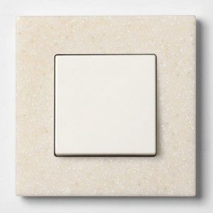 Рамка из искуственного камня Кориан (Corian) политра
